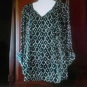 The Limited top L black and white Flowy boho shirt